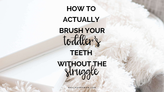 brush toddlers teeth