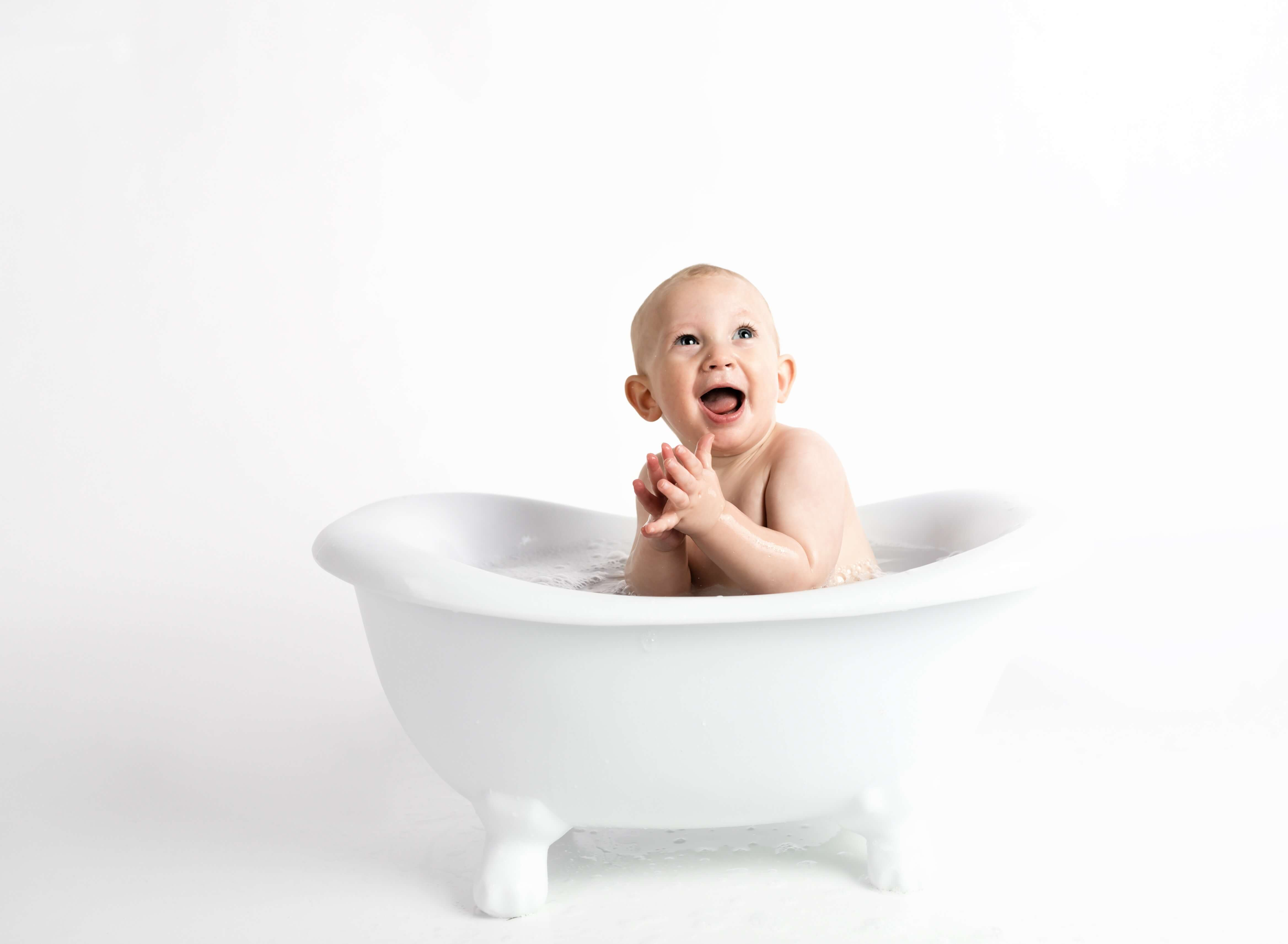 How to Make Bath Time Fun for Your Toddler 11